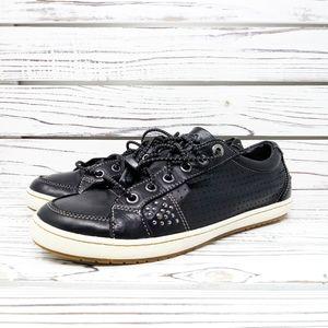 Taos Women's Freedom Black Fashion Sneakers